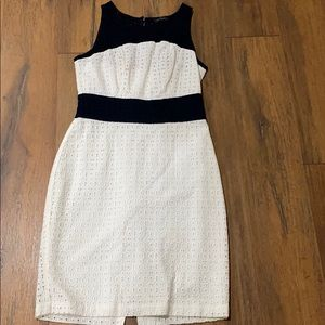 The limited size 2 dress white with navy blue